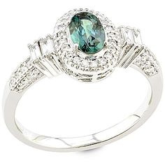 Valeriya A beautiful ring featuring a top quality Indian Alexandrite. Jewelry Boards, Jewelry Box, Jewelry Accessories, Alexandrite Jewelry, White Gold Rings, Stone Jewelry, Glitters, Bling Bling, Beautiful Rings