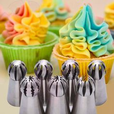 Russian Piping Tips, Buttercream Recipe, Icing, Cake, Desserts, Recipes, Food, Tailgate Desserts, Deserts