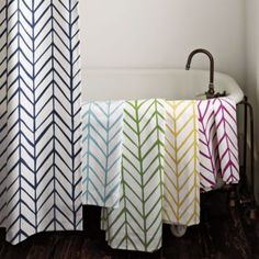 I want this design on a clear vinyl shower curtain for my bathroom! :: serena & lily #preppy #palmbeach