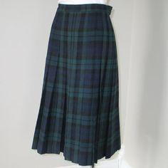 Scottish Wool Black Watch Pattern TheVintageMerchant