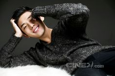 Yoo Ah-in courted to headline Six Flying Dragons » Dramabeans » Deconstructing korean dramas and kpop culture