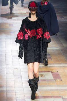 Sfilata Lanvin Parigi - Collezioni Autunno Inverno 2015-16 - Vogue