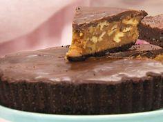 Denna är chocolate och caramel heaven för mig! En fantastisk kombination: oreokex, kola och choklad plus valnötter för extra crunch. En liten bit räcker länge.