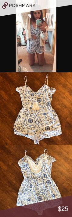 PacSun Romper This PacSun romper is a perfect fit for going out with the girls, flirting on date night, or enjoying the hot weather on a casual summer day. The romper is a size medium and fits true to size, with a flirty cutout in the front to show off one's tan tummy. I love this outfit but I'm just trying to make a little more space in my closet. I hope to find someone who enjoys it as much as I did!  - Star-Crossed Back -Spaghetti Strap - Keyhole cutout PacSun Pants Jumpsuits & Rompers
