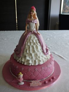 62 ideas of best birthday cake Doll 2019 Barbie Torte, Bolo Barbie, Barbie Doll, Barbie Birthday Cake, Adult Birthday Cakes, Baby Doll Cake, Doll Cakes, Barbie Cake Designs, Dolly Varden Cake