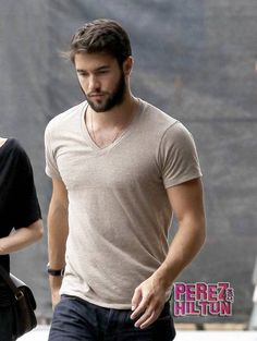 Josh Bowman you are fine Josh Bowman, Emily Vancamp, Sexy Beard, Beard Love, Hot Dads, Wet Dreams, Hot Actors, Yesterday And Today, Album