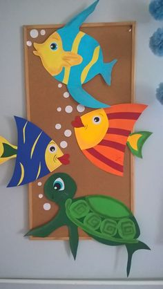 """Under the Sea"" Peel & Stick Boys Ocean Nursery Wall Decals - Bastelideen kinder unterwasserwelt - Meer Paper Crafts For Kids, Fun Crafts, Diy And Crafts, Fish Paper Craft, Children Crafts, School Board Decoration, School Decorations, Art N Craft, Craft Work"