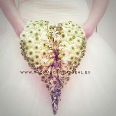 #flowers  #luxuryflowers #floraldesign  #thomasgröhbühlfloraldesign #florist #thomasgröhbühl #karlsruhe #blumen Floral Design, Floral Patterns