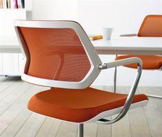 Qivi - konferenčná stolička na hviezdici