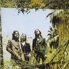 Álbum do grupo America de 1973. Edição da gravadora Warner Bros. Records.