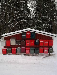 """Xmas Countdown: 7, 6, 5... "" – Christmas mail? (Ilola, Porvoo Finland; Photo: Katja K.) ⎮ recyclie.blogspot.fi"