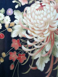 Love the Chrysanthemum on this fabric. My collection of Japanese fabrics. Japanese Textiles, Japanese Patterns, Japanese Fabric, Japanese Prints, Japanese Design, Tattoo Japonais, Art Japonais, Japanese Chrysanthemum, Japanese Flowers