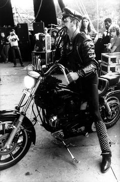 anything-for-my-baby: Rob Halford (Judas Priest)... | The Roisin Dubh