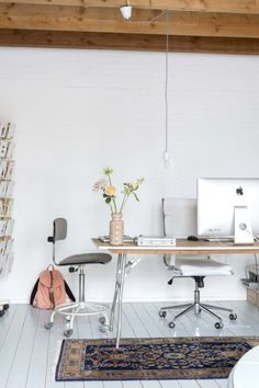 How offices should look so comfortable and simple