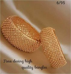 Gold Bangles Design, Gold Jewellery Design, Gold Jewelry, Designer Jewelry, Jewelry Box, Bridal Bangles, Bridal Jewelry Sets, Baby Jewelry, Antique Jewellery Designs