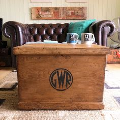 INDUSTRIAL GWR vintage PINE Victorian CHEST plank TRUNK storage TV STAND table