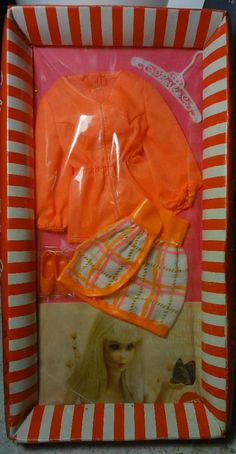 NRFB BARBIE OUTFIT #1451 - TANGERINE SCENE - COMPLETE IN BOX - MINT NRFP MIB MIP Barbie Skipper, Mattel Dolls, Barbie Dress, Barbie Outfits, Vintage Barbie Clothes, Doll Clothes, Barbie Doll Accessories, Barbie World, Collector Dolls