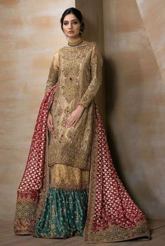 A bridal combination fit for a queen. Gold tissue shirt fully handworked front and back, paired with a zarri organza bridal dupatta with heavily handworked borders. Paired with a deep jewelled green and gold handworked gharara. Pakistani Wedding Outfits, Pakistani Wedding Dresses, Bridal Outfits, Indian Outfits, Pakistani Gharara, Sharara, Anarkali, Lengha Choli, Pakistani Couture