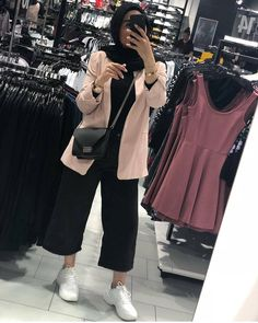ideas for sneakers outfit summer dresses casual Hijab Fashion Summer, Modern Hijab Fashion, Street Hijab Fashion, Hijab Fashion Inspiration, Muslim Fashion, Modest Fashion, Fashion Outfits, Women's Fashion, Fashion Trends
