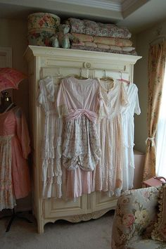 shabby love this gives me a great idea for my fugly white sterile Lowe's stand alone closet! More later !