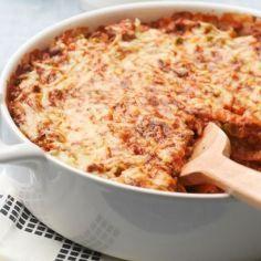 Nopea tortilla lasagne - Kotikokki.net - reseptit No Salt Recipes, Pork Recipes, Finnish Recipes, Salty Foods, Macaroni And Cheese, Food And Drink, Easy Meals, Snacks, Dinner