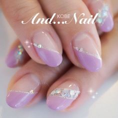 20 Classic Ideas for a Delicate Manicure Creative Nail Designs, Gel Nail Designs, Beautiful Nail Designs, Creative Nails, Purple Nails, Bling Nails, Manicure Gel, Uñas Diy, Nailed It