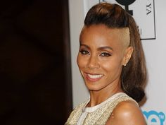 elle-jada-pinkett-smith-crazy-hair-v-xln - New Site Mohawk Hairstyles For Women, Shaved Side Hairstyles, Edgy Haircuts, American Hairstyles, Celebrity Hairstyles, Cool Hairstyles, Ponytail Hairstyles, Hair Styles 2014, Hot Hair Styles