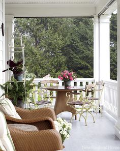 Linda Ruderman's classic New England colonial | New England Home Magazine