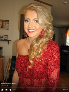 Prom hair, curls, prom makeup
