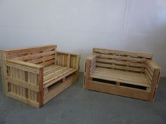 outdoor furntiure made from pallets   Sofa and armchair made from pallets. Great work and design !