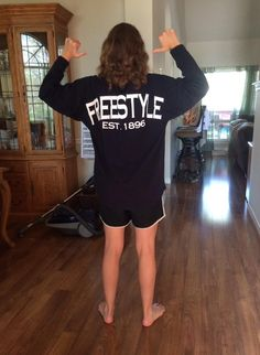 @paiiige21 HECK YEAAAAAH IT CAME  @SwimWithIssues (SwimWithIssues Freestyle Swim Jersey in Navy)