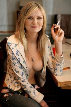 Kirsten Dunst..love this casual pic of her.HOT