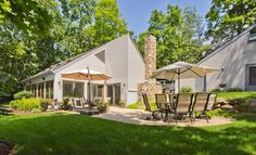 $599,900 Beautiful vacation home with boatslip on Lake Geneva. 3 bdrm, 2 baths in Linn Township