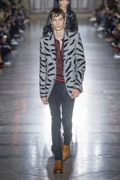 Male Fashion Trends: Givenchy Spring-Summer 2018 | Paris Fashion Week