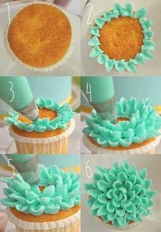 Flower Petal Cupcakes tutorial