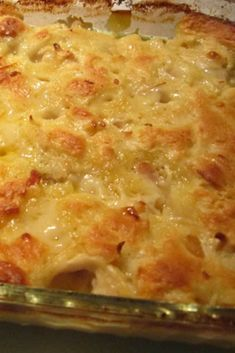 Chicken Dumpling Casserole Recipe Everyone loves chicken and dumplings. With this Chicken Dumpling Casserole recipe, you can get all that comfort food greatness, without all the muss and fuss, anytime you are wanting it! Chicken Thights Recipes, Chicken Parmesan Recipes, Chicken Salad Recipes, Amazing Chicken Recipes, Recipes For Leftover Chicken, Casseroles With Chicken, Fall Casseroles, Recipe Chicken, Chicken Soup