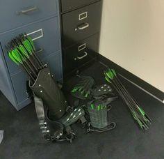 CW Arrow season 4 gear! The Green Arrow! #arrow #archery #bow #cwarrow #cosplay #greenarrow #new52 #sdcc