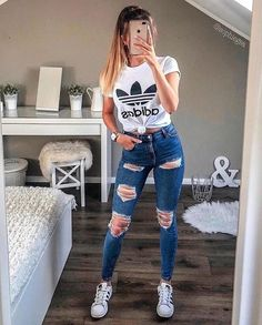 2020 Fashion Jeans For Women Size 46 Jeans - Cute outfits for school - Source by teenage outfits Cute Lazy Outfits, Cute Outfits With Jeans, Teenage Girl Outfits, Cute Outfits For School, Teen Fashion Outfits, Mode Outfits, Casual Summer Outfits, Look Fashion, Stylish Outfits