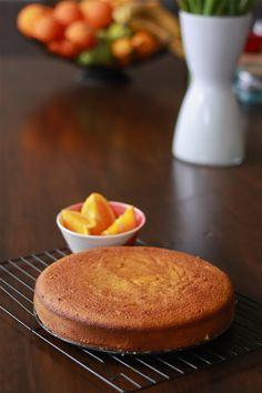 Orange, Almond and Semolina Cake   VEGANIZE