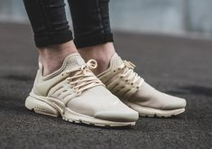 """Nike has come out with a new Air Presto exclusively for women: the Air Presto Premium """"Oatmeal."""" The sneaker is decked out in versatile monochrome beige leather which is perfect to pair with any outfit Available now, be sure to cop a pair! Nike Shoes Huarache, Adidas Shoes, New Nike Air, Nike Air Max, Air Max Sneakers, Sneakers Nike, Sneakers Outfit Casual, Nike Presto, Colorful Shoes"""