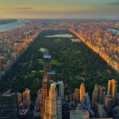 Central Park from above - The Best Photos and Videos of New York City including the Statue of Liberty, Brooklyn Bridge, Central Park, Empire State Building, Chrysler Building and other popular New York places and attractions.