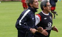 Tras cinco meses de ausencia de las canchas, Enrique Vera volverá este domingo a jugar con la camiseta de Liga de Quito, pero lo hará en el equipo de reservas, este domingo ante el conjunto de Emelec, en 'Casa Blanca'.  El último partido que jugó fue en septiembre del año anterior ante Trujillanos, válido por la Copa Sudamericana. 'Rambert' salió con rotura de ligamentos cruzados. Pero ahora, gracias al esfuerzo del jugador, está completamente recuperado.