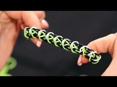 How to Make a Minecraft Creeper Bracelet | Rainbow Loom - YouTube