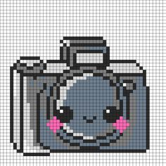 Kawaii Camera Perler Bead Pattern | Bead Sprites | Misc Fuse Bead Patterns http://mistertrufa.net/librecreacion/culturarte/?p=12