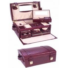 Joyero tipo maletín de gran calidad.  http://www.cosaspararegalar.es/regalos-para-mujeres/joyeros/joyero-grand-luxe.html