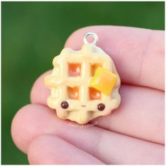 Waffle butter charm Trending Craft Ideas Using Paper Mache, Air Dry Clay, Colored Sand and Crotchet Fimo Kawaii, Polymer Clay Kawaii, Kawaii Crafts, Polymer Clay Animals, Fimo Clay, Polymer Clay Charms, Polymer Clay Projects, Clay Crafts, Polymer Clay Jewelry