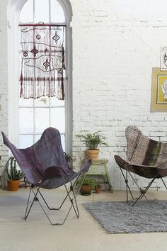 Noodle butterfly chairs