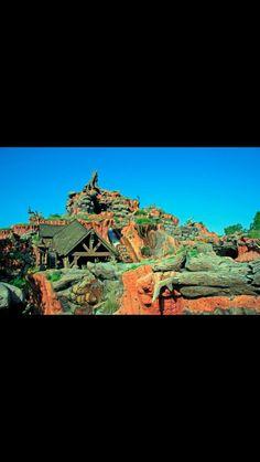 Splash Mountain!  Zip-A-Dee-Doo-Dah, Zip-A-Dee-A, My oh my, what a wonderful day, Plenty of sunshine heading my way Zip-A-Dee-Doo-Dah, Zip-A-Dee-A   #WDW #Disney #WaltDisneyWorld  #HappiestPlaceOnEarth #CelebrateADreamComeTrue #CelebrateTheMagic #MyHome #WhereDreamsComeTrue #WishUponAStar