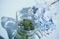 Tiara Living: Sininen kastejuhla { kuokkavieras }