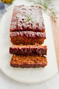 Lentil Loaf with a Maple Glaze -- This festive lentil loaf is packed with flavor and makes for a lovely vegetarian main-entree for a holiday meal. Plus, it's vegan and gluten-free! Maple Syrup from Canada Lentil Loaf Vegan, Vegan Vegetarian, Vegan Gluten Free, Vegetarian Recipes, Vegan Loaf, Lentil Recipes, Vegan Meatloaf, Whole Food Recipes, Cooking Recipes
